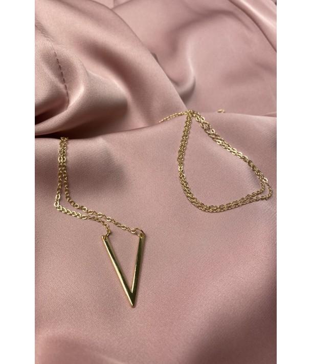 Золотий ланцюг з підвіскою літера V