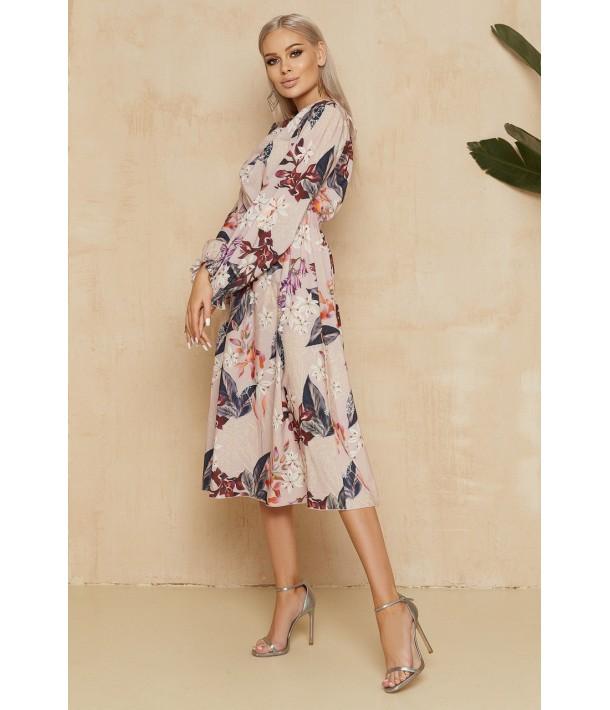 Пудрова сукня з принтом в квіти в довжині міді