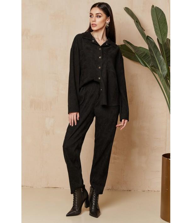 Жіночий вельветовий костюм чорний