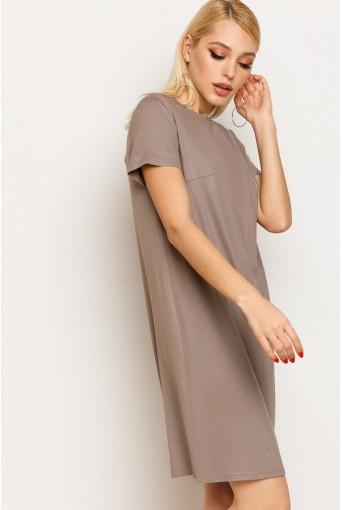 Бежевое женское трикотажное платье-футболка