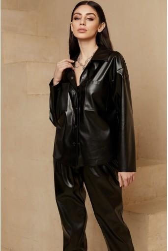 Черная рубашка из эко-кожи