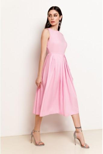 Розовое платье в полоску с юбкой в складку