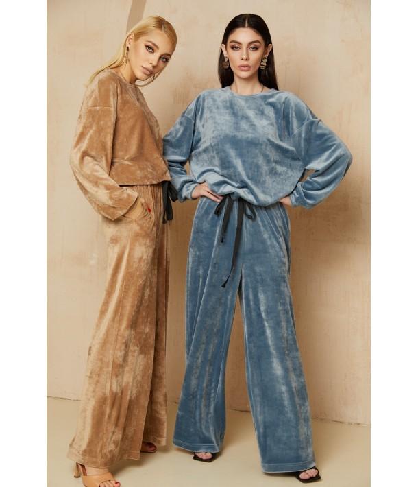 Плюшевый костюм двойка: брюки и свитшот в цвете латте