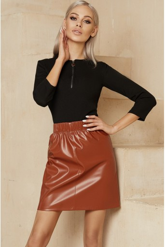 Терракотовая мини юбка на резинке из эко-кожи