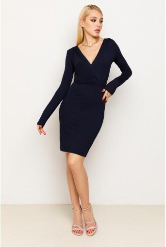 Темно-синее платье-футляр с V-образным вырезом