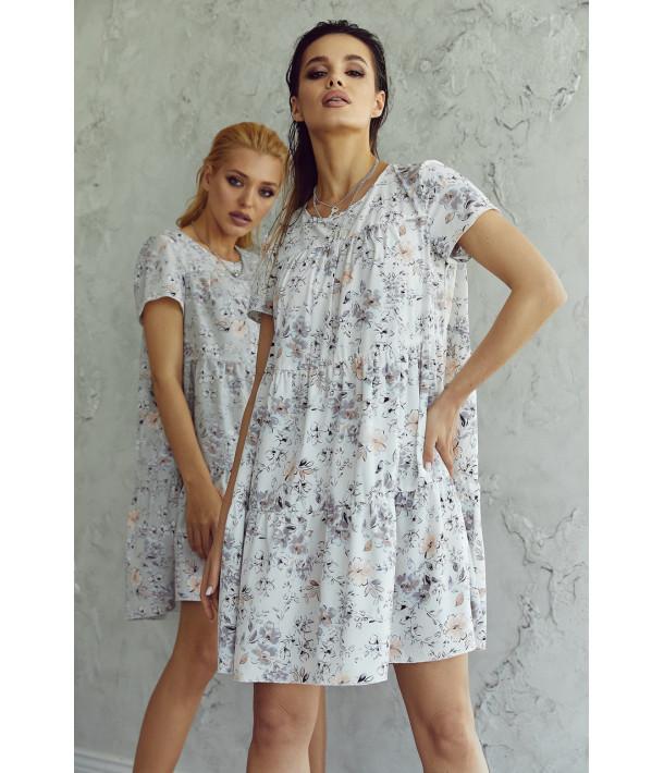 Сукня ярусна з коротким рукавом в дрібний принт на графітовому