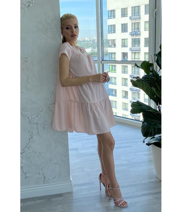 Платье ярусное с коротким рукавом в молочный горох на пудровом
