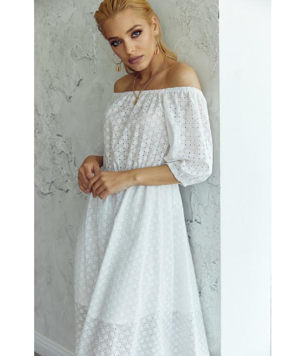 Біла сукня прошва з відкритими плечима