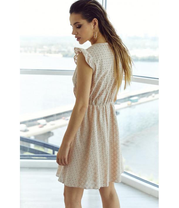 Бежевое платье на запах прошва короткий рукав