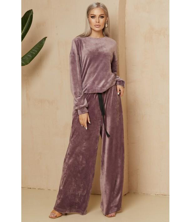 Сиреневый плюшевый костюм двойка: брюки и свитшот