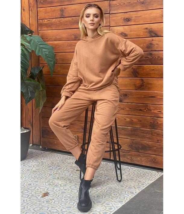Трикотажный костюм коричневый: худи и брюки