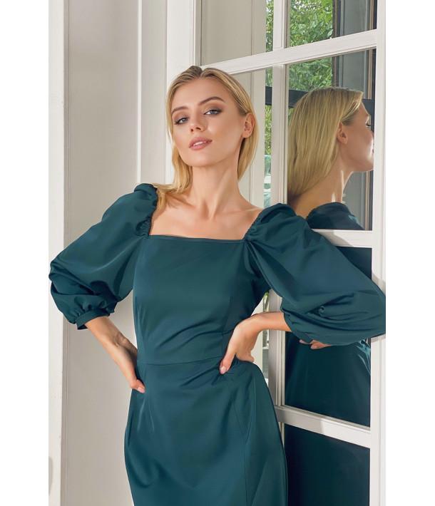 Сукня-футляр з розрізом демі смарагдова